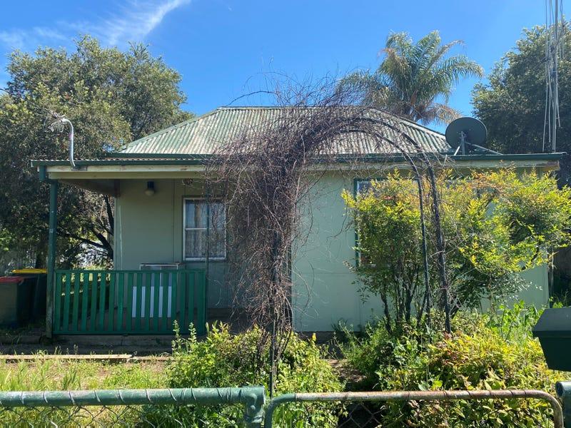 4 Samuel Street, Wellington, NSW 2820