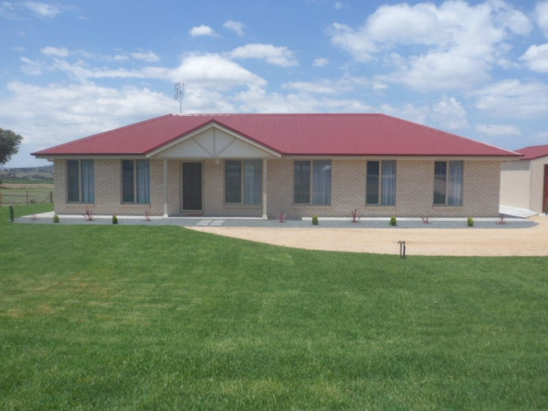 70 Square Rd, Canowindra, NSW 2804