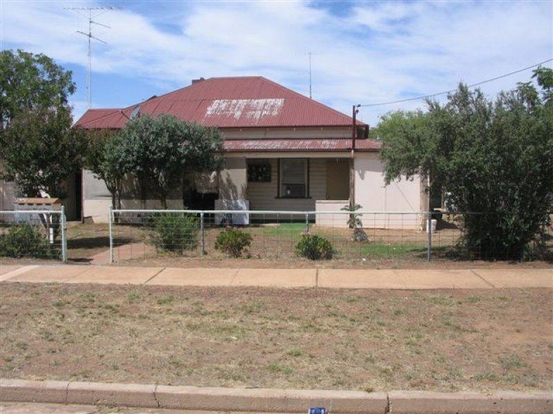 86 Park Street, West Wyalong, NSW 2671