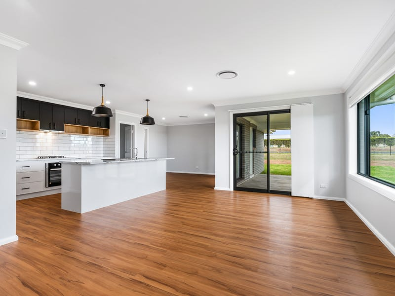 24-26 River Park Road, Cowra, NSW 2794
