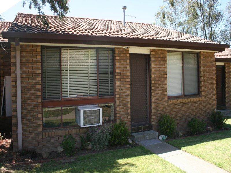 23/604 Hague Street, Lavington, NSW 2641