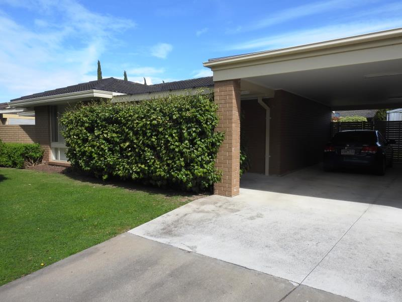 12 Phillip Crescent, Sale, Vic 3850