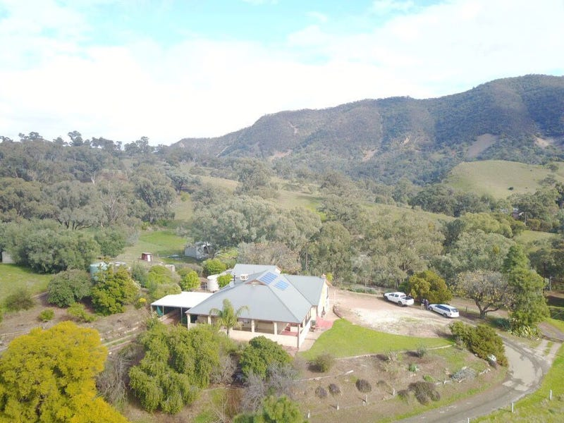 1669A Survey Road, Melrose