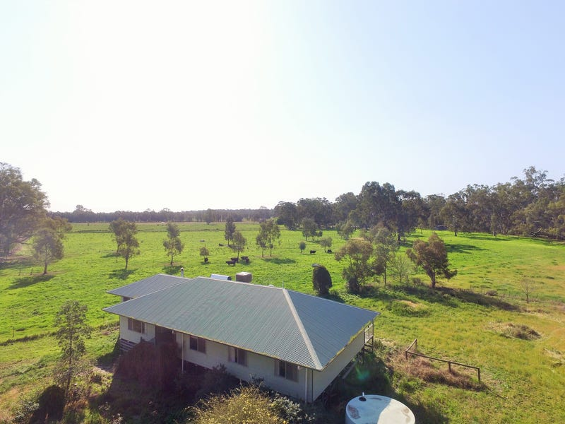 149 Flowerday Lane, Murrabit West, Vic 3579