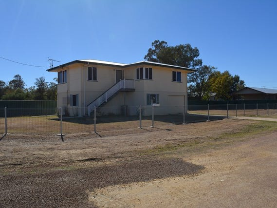 3 Carnation Street, Blackall, Qld 4472
