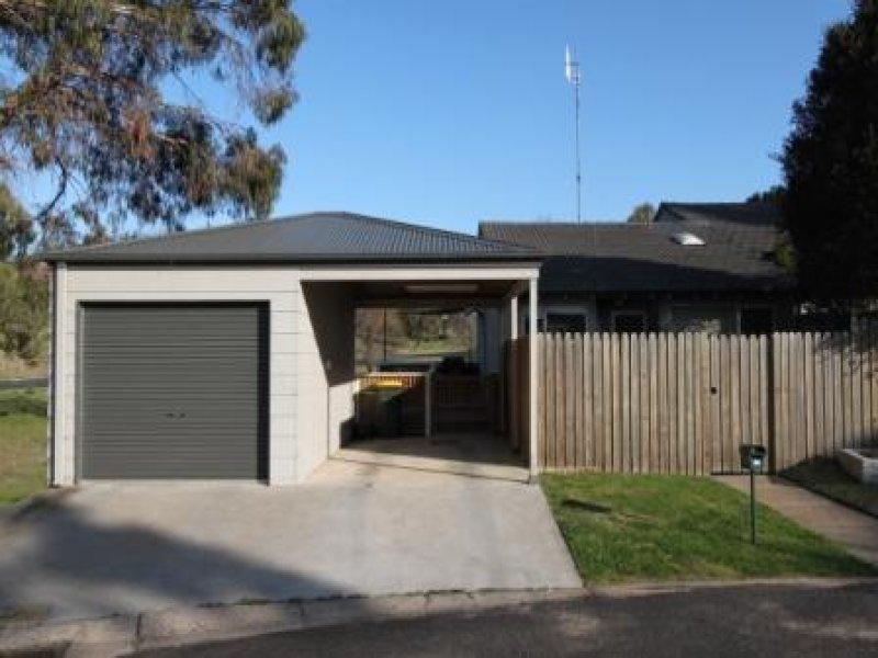 2 Ribbongum Place, Bathurst, NSW 2795