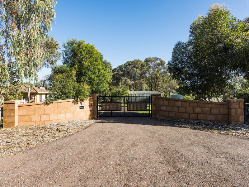 8 Jones Court, Serpentine, WA 6125