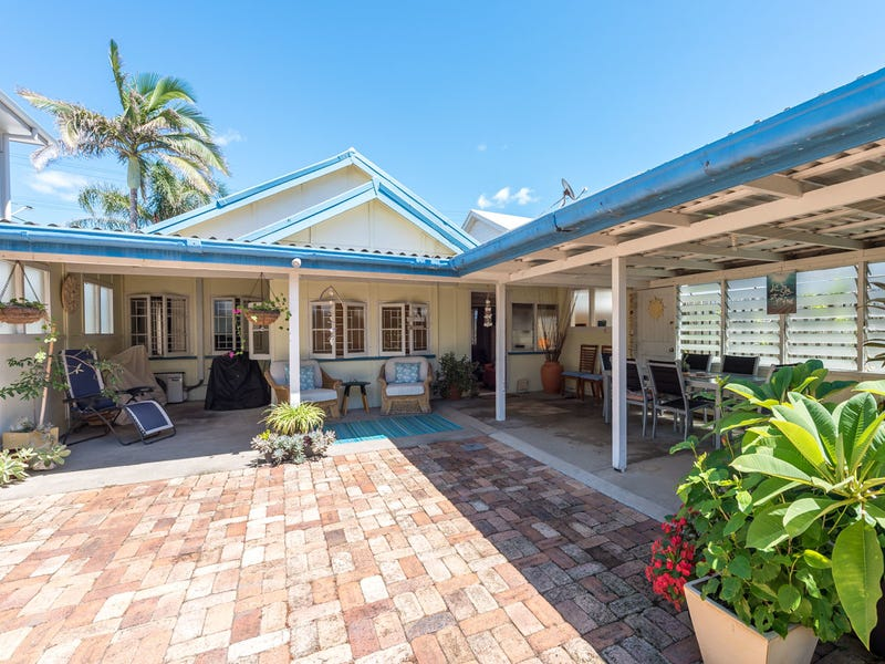 234 Jefferson Lane, Palm Beach, Qld 4221