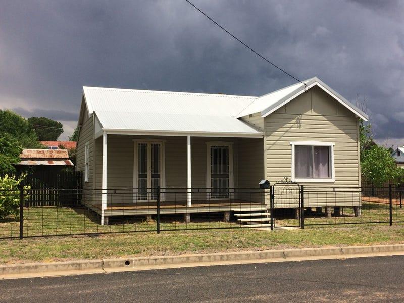 78 Little Timor Street, Coonabarabran, NSW 2357