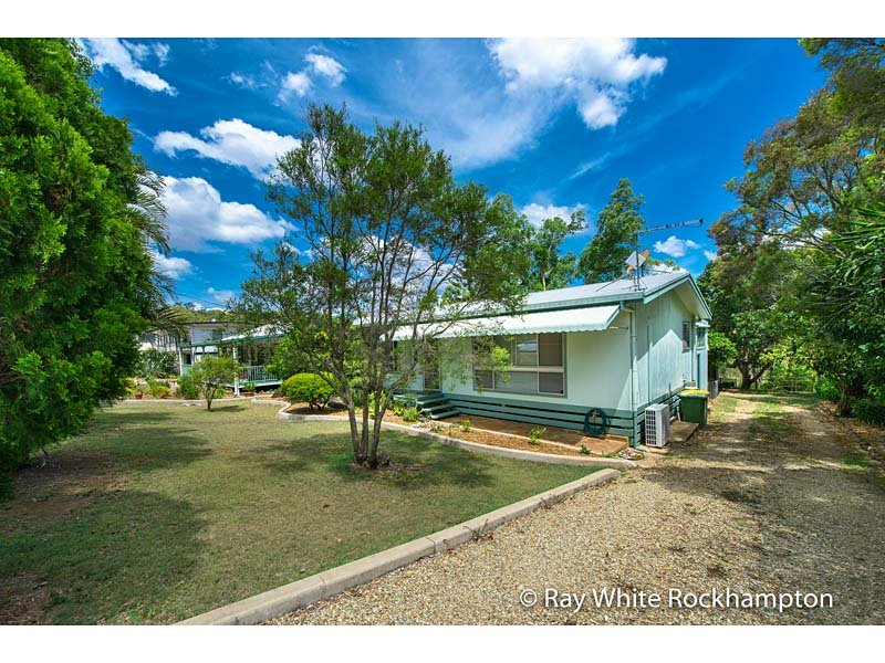 44 Barmoya Road, The Caves, Qld 4702