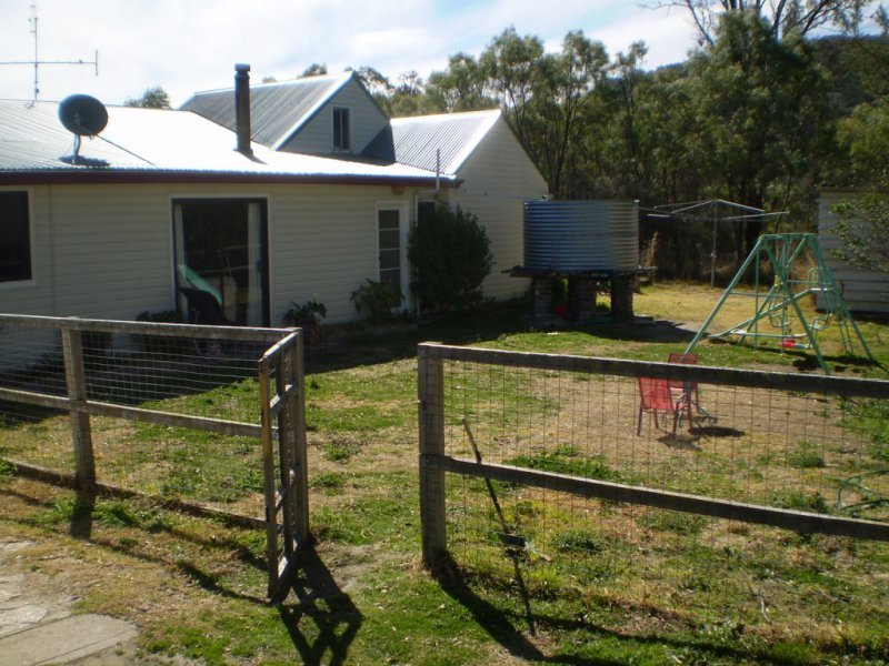 Address available on request, Uralla, NSW 2358