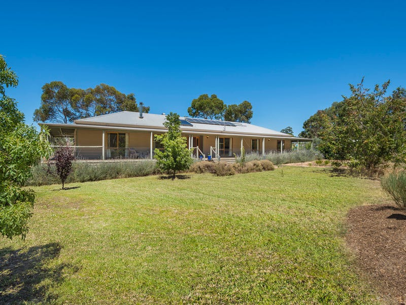 54 Pitts Lane, Welshmans Reef, Vic 3462