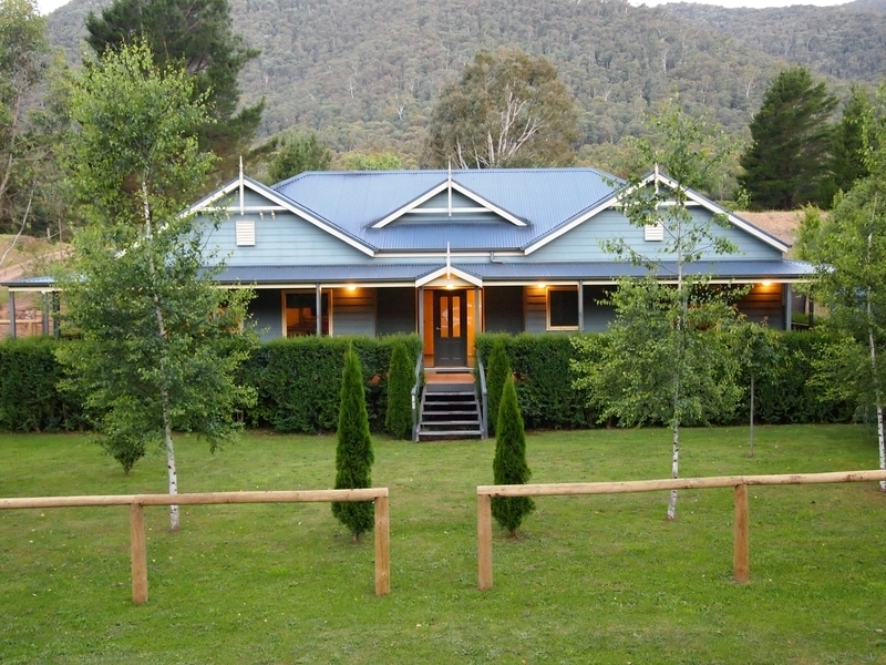 147 Great Alpine Road, Harrietville, Vic 3741
