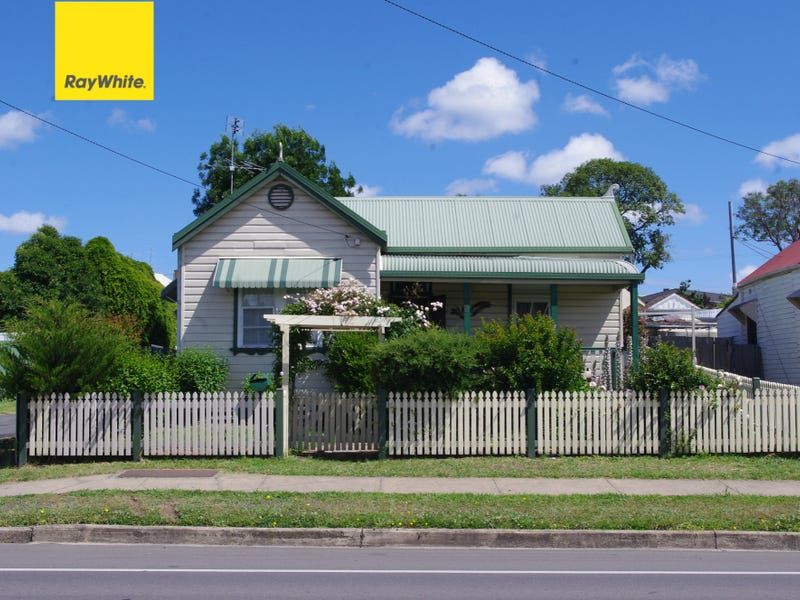 9 Warialda Road, Inverell, NSW 2360
