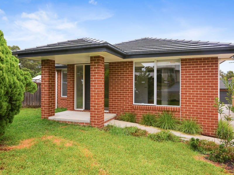 4/11 Glen View Road, Mount Evelyn, Vic 3796
