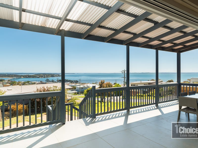 11 The Mount Dr, San Remo, Vic 3925