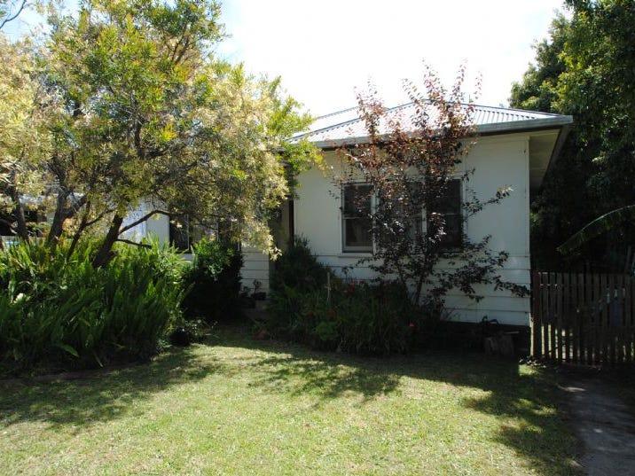 22 BRUMLEY ST, Leongatha, Vic 3953