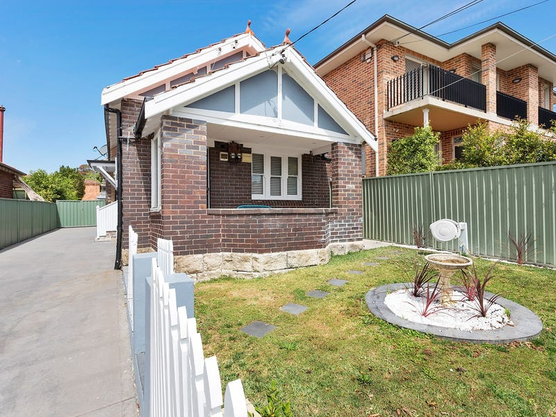 6 Planthurst Road, Carlton, NSW 2218