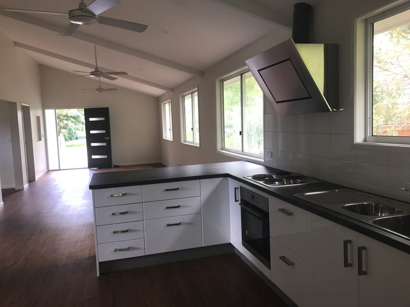 193 High Central Rd, Macleay Island, Qld 4184