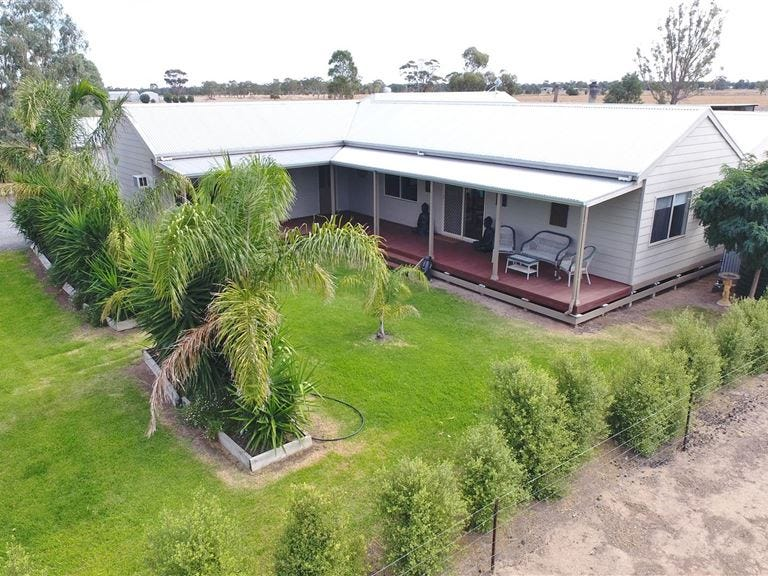 20 Butlers Road, Horsham, Vic 3400