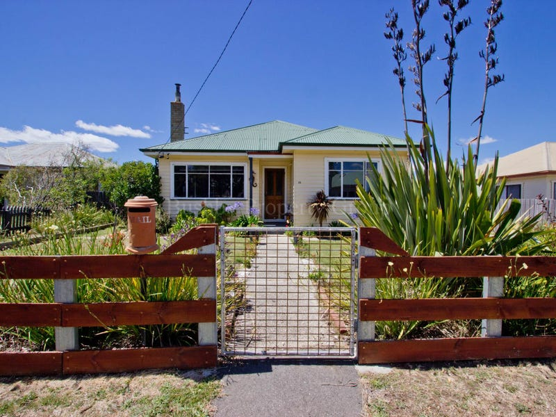 26 Mitchell Street, Mayfield, Tas 7248