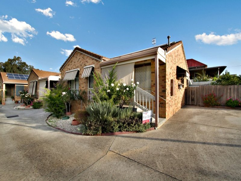 1/54 Ferguson Street, Broadford, Vic 3658
