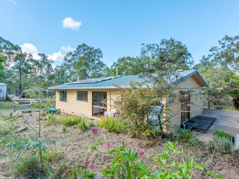 28 Larnook Street, Upper Lockyer, Qld 4352