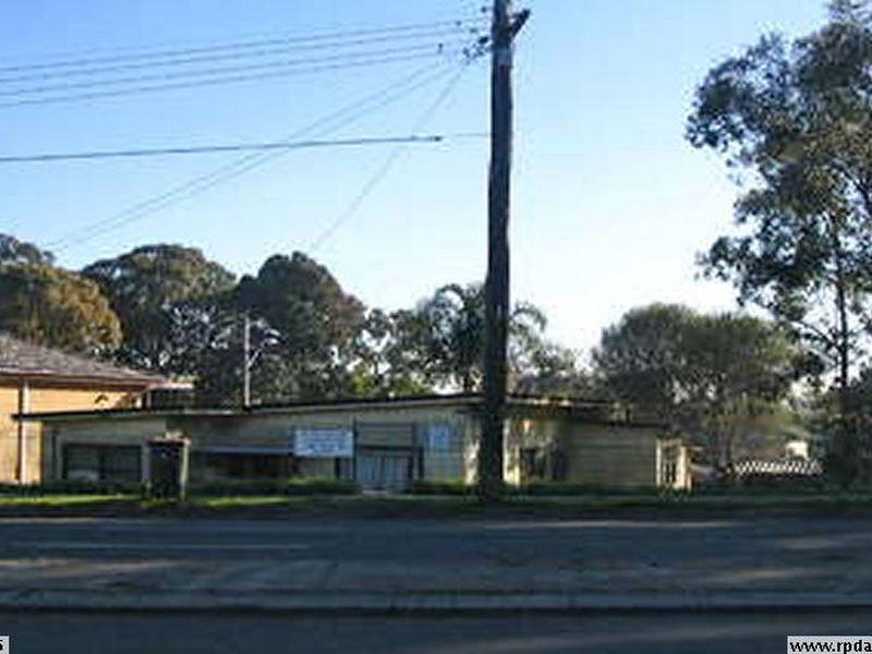 2 Henry Lawson Drive, Peakhurst, NSW 2210