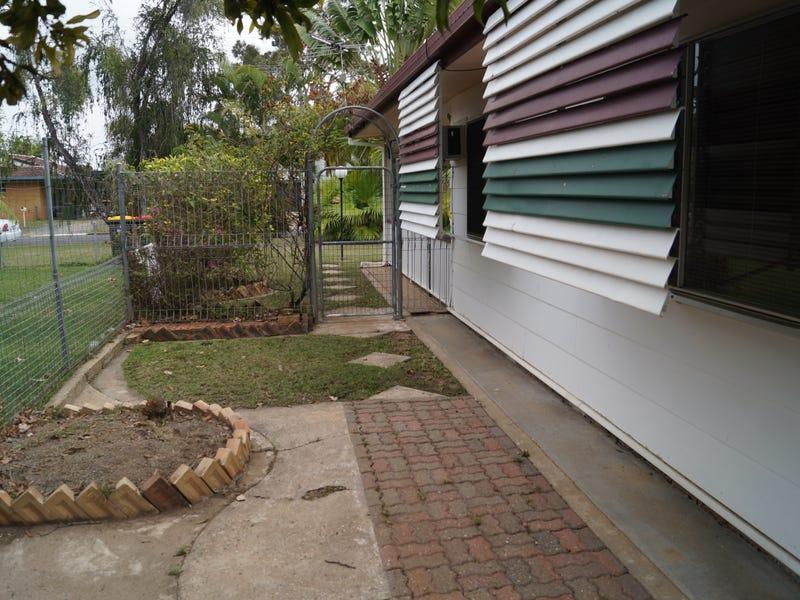 12 Webber Ave, Kawana, Qld 4701