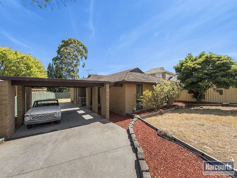 18 Hurlstone Crescent, Mill Park, Vic 3082