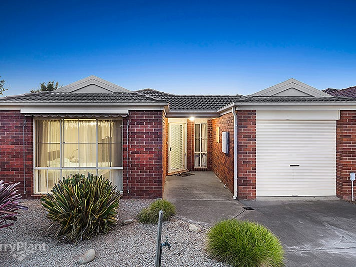 10 Farnborough Way, Berwick, Vic 3806