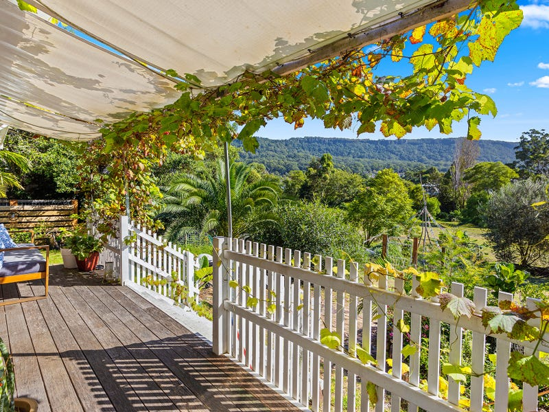 32a Hewitts Avenue, Thirroul, NSW 2515