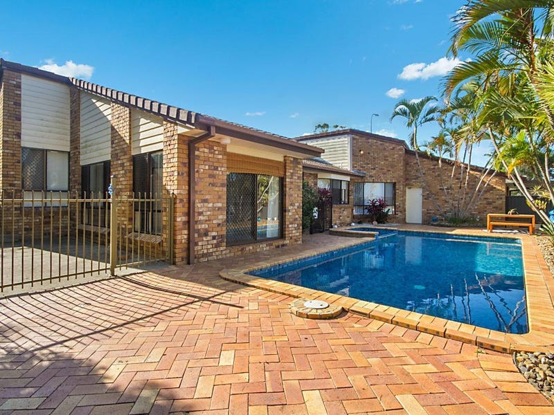 100 K P McGrath Drive, Elanora, Qld 4221