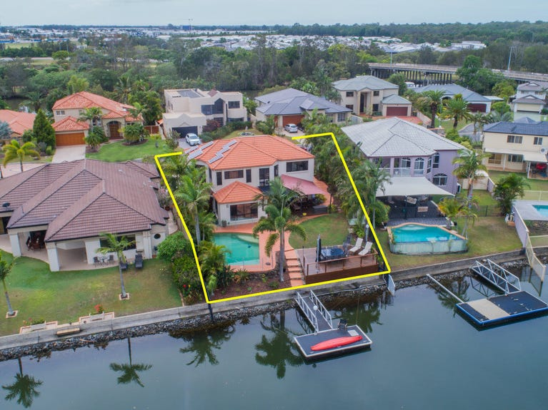 2A Champagne Boulevard, Helensvale, Qld 4212