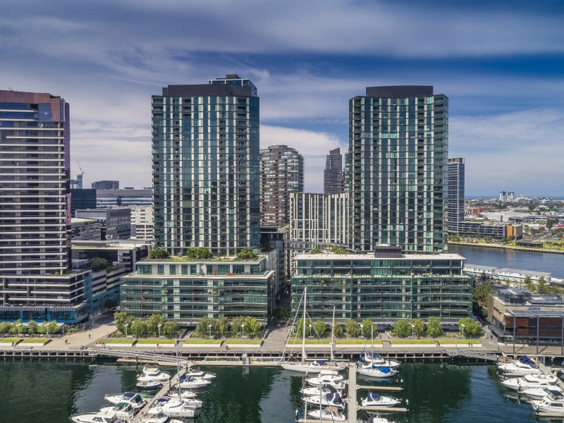 7h 8 Waterside Place Docklands Vic 3008 Apartment For