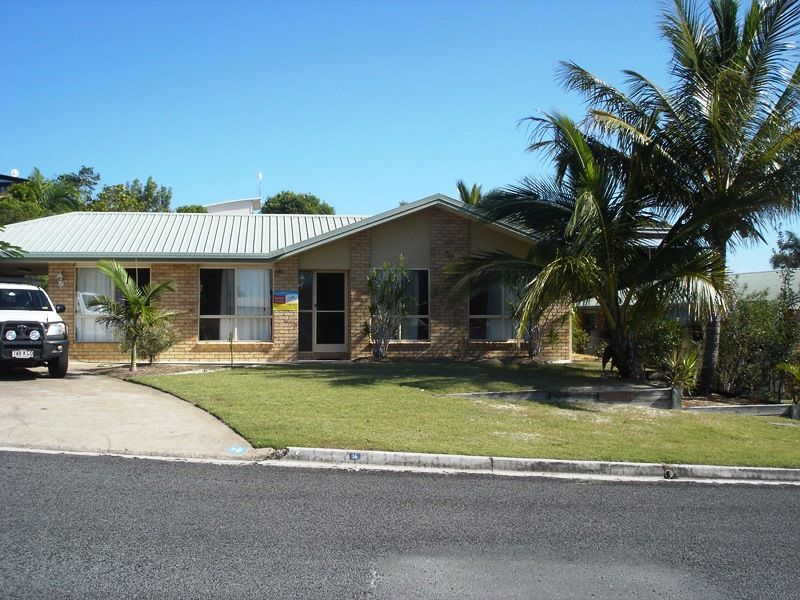 16 Bombala Crescent, Rainbow Beach, Qld 4581