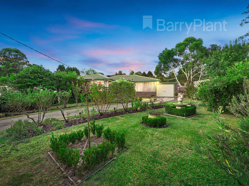 13 Winwood Drive, Ferntree Gully, Vic 3156