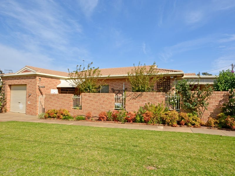 10 Beal Street, Griffith, NSW 2680