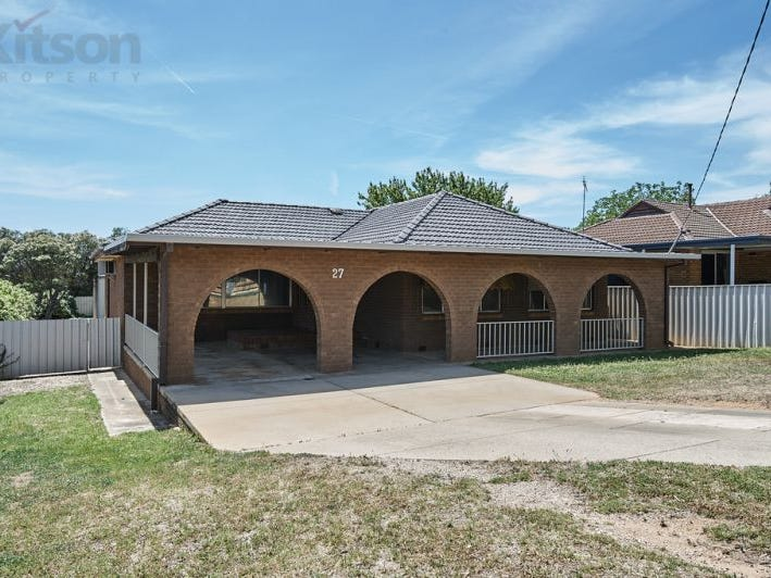 27 Leavenworth Drive, Mount Austin, NSW 2650