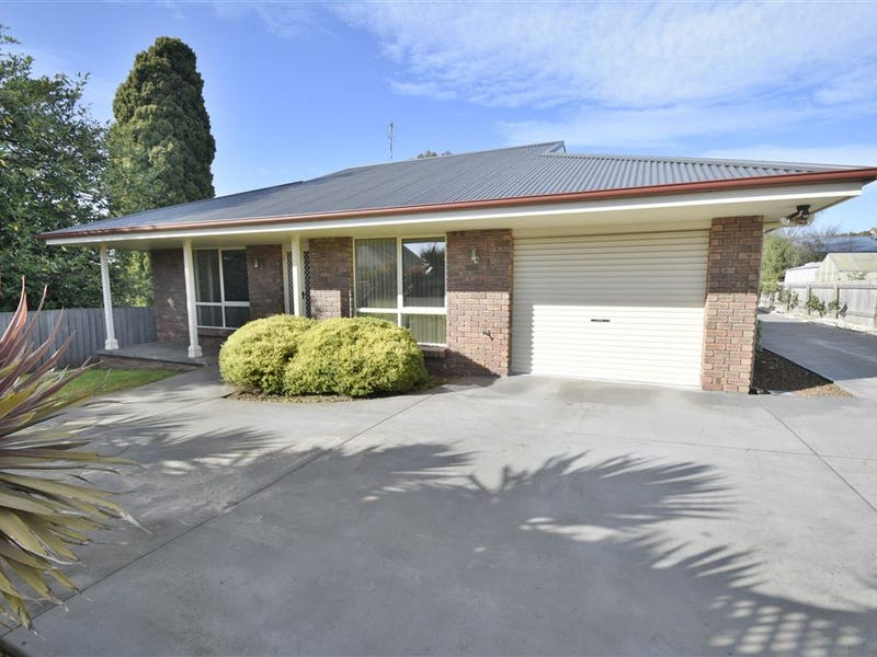 1/24 Tower Hill St, Deloraine, Tas 7304