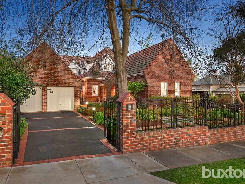 26 Rubens Grove, Canterbury, Vic 3126