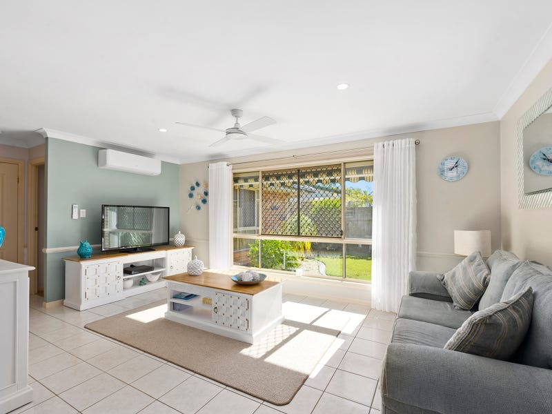 105 Winders Place, Banora Point, NSW 2486