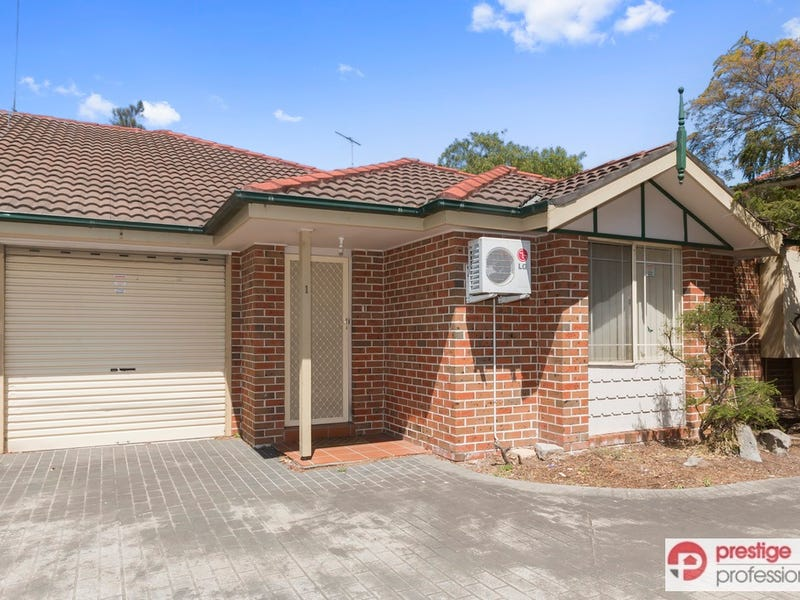 1/26 Wellwood Avenue, Moorebank, NSW 2170