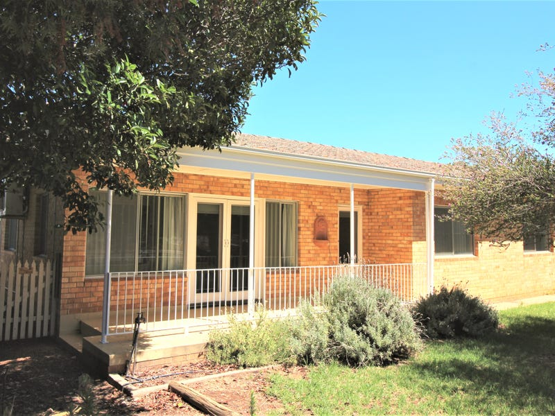 13 Carrington Street, Darlington Point, NSW 2706