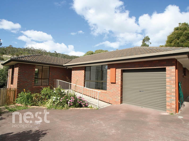 1/17 Holland Court, Howrah, Tas 7018