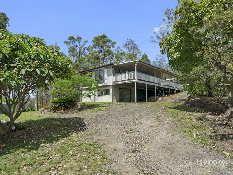 120 Lakeview Drive, Esk, Qld 4312