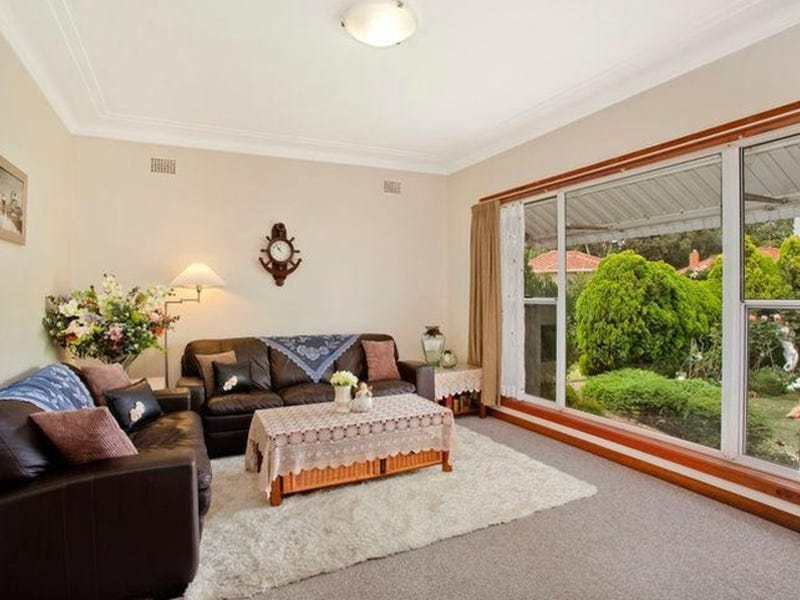 22 Jobson Avenue, Mount Ousley, NSW 2519