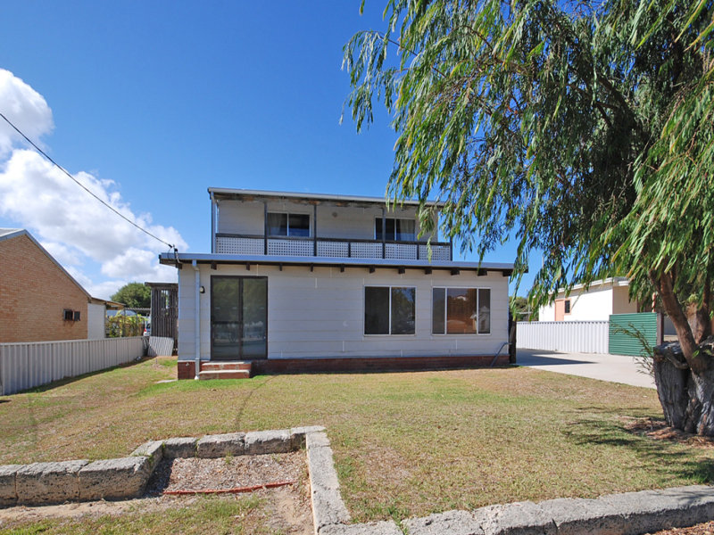 10 Battersby Road, Green Head, WA 6514
