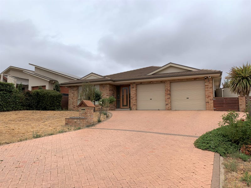 18 Simms Drive, Bungendore, NSW 2621