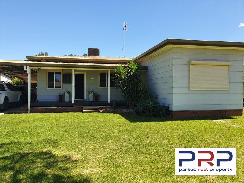 10 Junction Street, Parkes, NSW 2870
